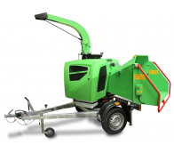 NEW compact wood chipper with braked chassis LS 160 DWB