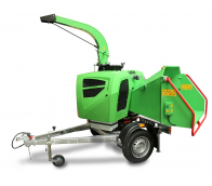 New compact wood chipper with unbraked chassis LS 160 DW