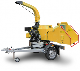 NEW Powerful chipper with petrol engine LS 160 P