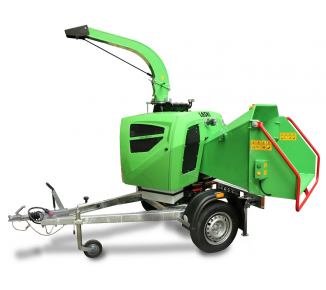 Compact wood chipper with braked chassis LS 160 DWB
