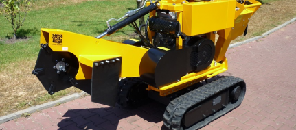 Stump cutter on tracked chassis hand-operated P 26 M
