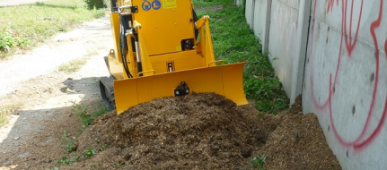 Stump cutter on crawler chassis P 75 RX